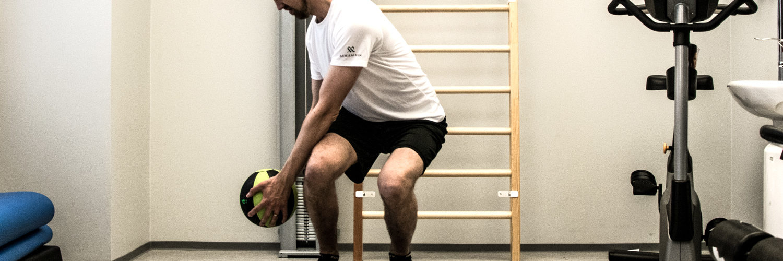 Tasapainoharjoitukset voi tehdä omana ohjelmanaan tai yhdistää muutama harjoite toiseen treeniin.