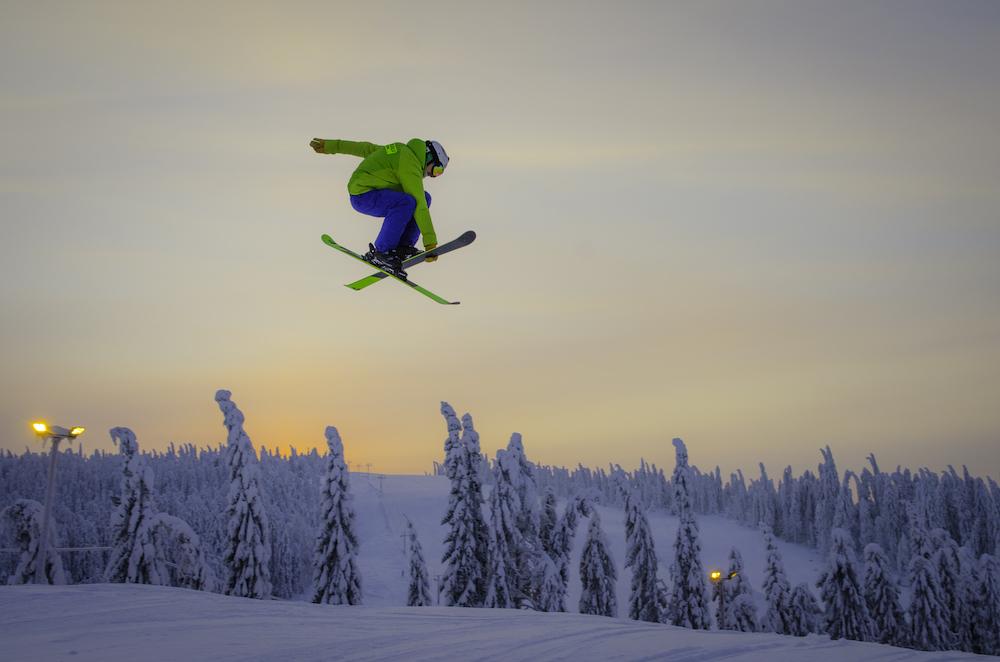 Die Skisaison in Finnland reicht weit bis ins neue Jahr hinein.