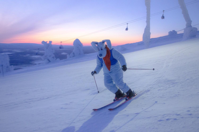 Spielerisch Skifahren lernen.