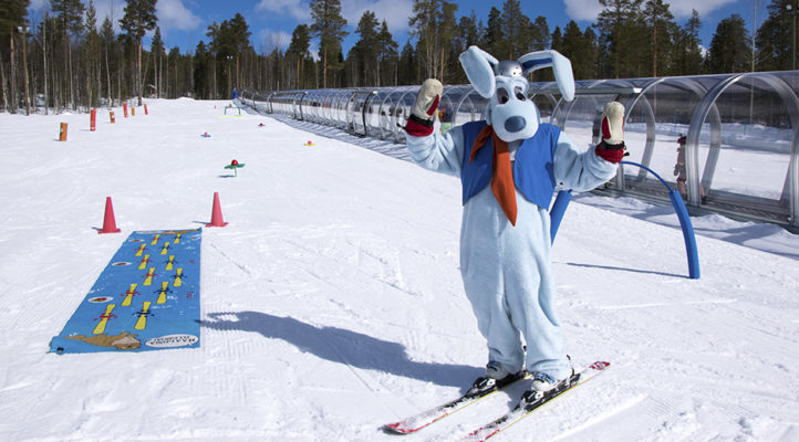 Werneri on ehkäpä maailman hauskin hiihdonopettaja. Werneri-hiihtokoulut ovat konseptiltaan yhtenäisiä ympäri Suomea.