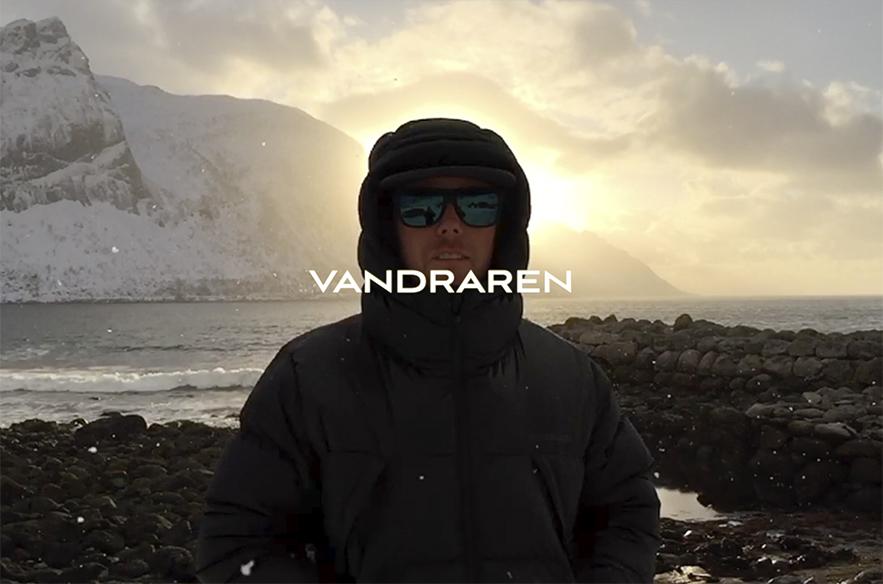 Arctic Weekendissä on lukuisia laskuleffoja, joista yksi mainitsemisen arvoinen on maineikkaan Jan-Erik Blombergin Vandraren. Spektaakkelissa hiihtoelokuvien Uuno Turhapuro halkoo maisemaa milloin missäkin talvimaisemassa, asuntonaan lähinnä auto ja lohtunaan villasukat.