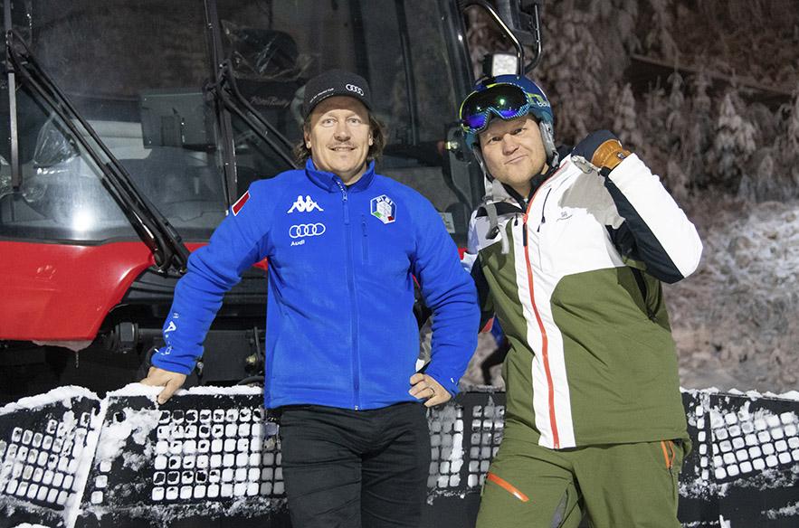 Jokunen vuosi sitten tämä parivaljakko toi mitaleita, nyt he tekevät lunta. Vihti Ski Centerin Sami Uotilan apuna lumetuksessa oli Kalle Palander.