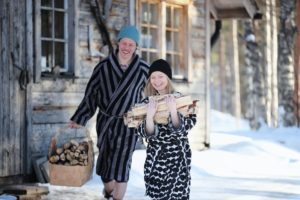 Nach einem langen Pistentag bietet die Sauna die perfekte Erholung. Foto: Harri Tarvainen / Visit Finland