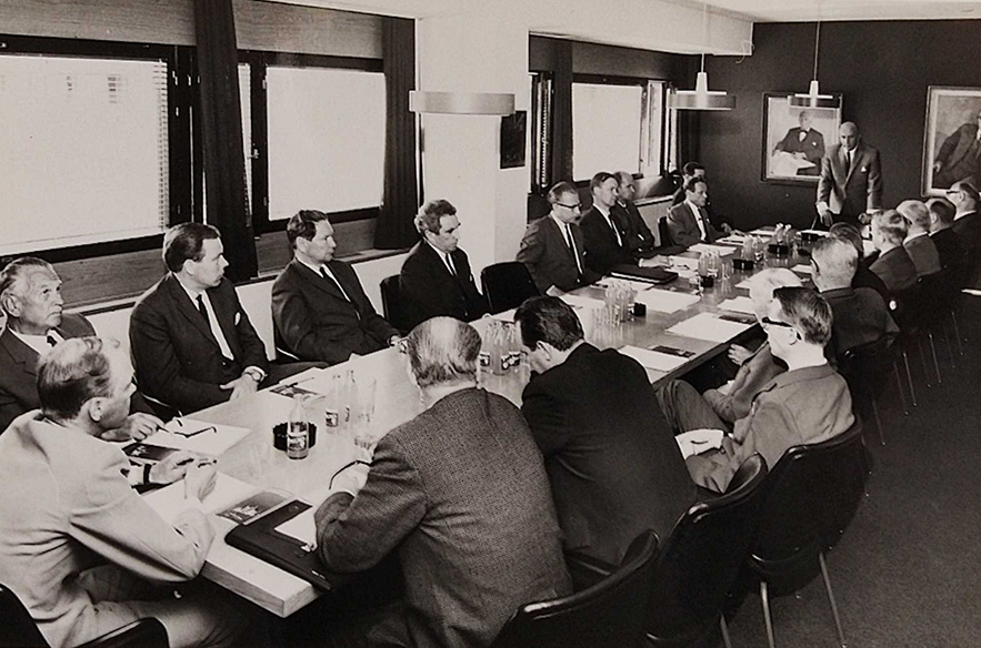Tässä tehdään hiihtokeskusta. Saariselkä Oy rinneyhtiön perustamiskokous Helsingissä 20.5.1969.