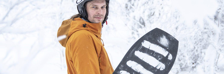 Laskukauden jälkeen välineille kannattaa tehdä pieni keväthuolto. Ski Garagen Jani Rasinkangas kertoo neljä helppoa ja toimivaa välineiden keväthuolto- ja kesäsäilytysvinkkiä.