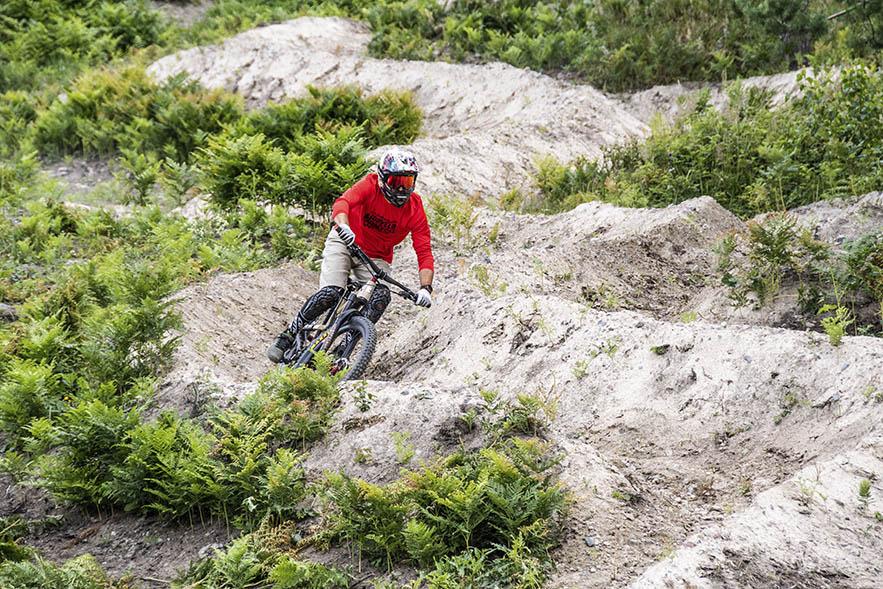 Kesä 2020 on Påminnen toinen bike park -kausi. Reittejä on etenkin osaajille.