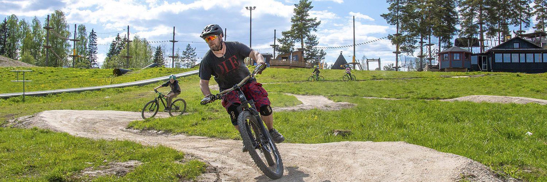 Talma bike parkissa on panostettu etenkin aloittelijoiden suorituspaikkoihin.