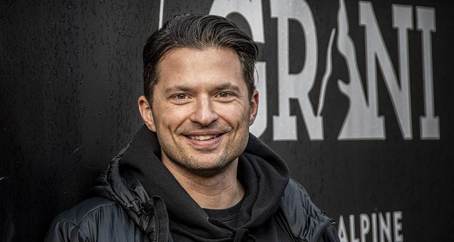 Maajoukkueura on jo takana. Nyt Marcus Sandell työskentelee lajiyhdistys Ski Sport Finlandin projektipäällikkönä sekä Ylen alppiasiantuntijana.