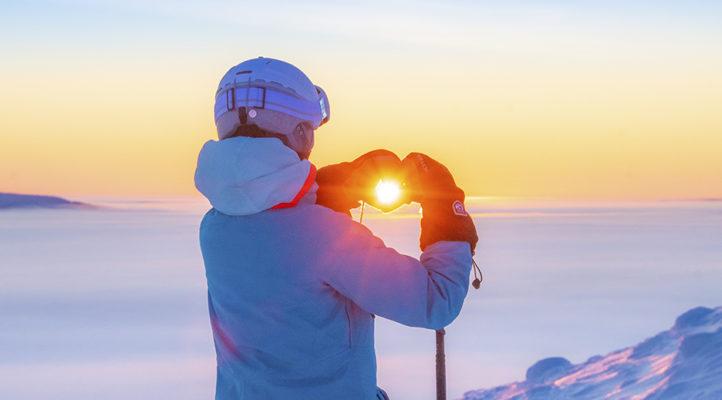 Oikeilla varusteilla nautit kauniista mäkipäivästä – vaikka olisi kuinka kylmä.