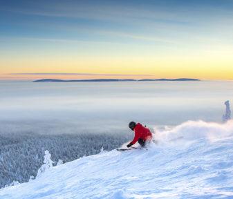 Leider sind es auf Grund der Corona-Reisebeschränkungen vor allem die Finnen selbst, die die herrliche Natur und das Winterwetter in der Skisaison 2020/2021 genießen können.