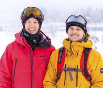 Real Skifi ja Ski.fi-sivustoa julkaiseva Suomen Hiihtokeskusyhdistys tekivät videon parkkietiketistä. Videolla seikkailevat Timo (Juho Kilkki) ja Vilho (Ilkka Hannula).