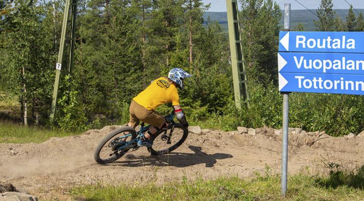 Ounasvaara bike park avattiin uudistettuna kesäkuun lopussa 2021. Pyöräilykausi jatkuu aina elokuun loppuun asti.